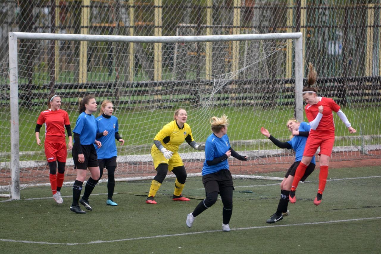 Третий тур Первенства Московской области по футболу среди женских команд