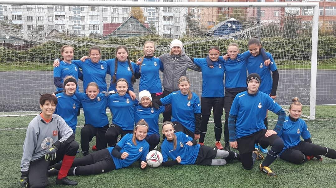 Команда девушек 2007-08 г.р. СШ «Сергиев Посад» стала серебряным призёром Первенства Московской области по футболу!!!